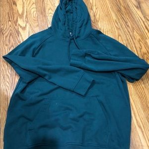 H&M green pullover hoodie